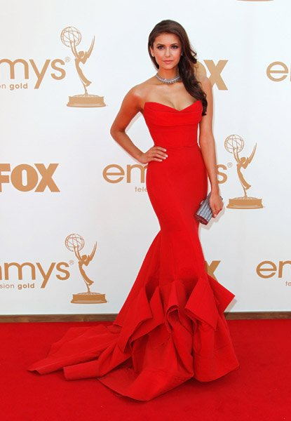 Длинное платье красного цвета!