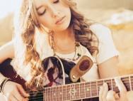music-guitar-girl-Favim.com-484138