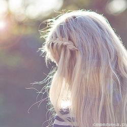 Блондинка с каре фото на аву 2