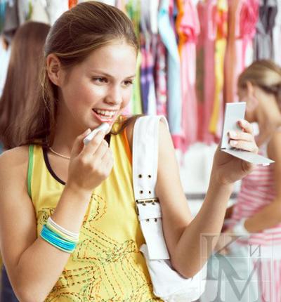 Как уговорить маму купить платье