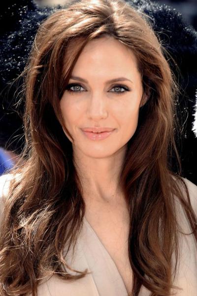 Ты очень хорошо знаешь Анджелину Джоли! Так держать!