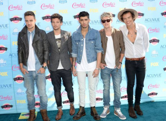 teen-choice-awards-2013-one-direction-red-carpet-getty(1)__big