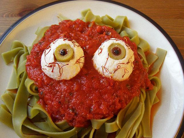 вкусняшки на Хеллоуин - очаровательные глазки