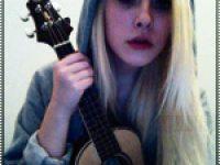 Уроки для начинающих гитаристов.