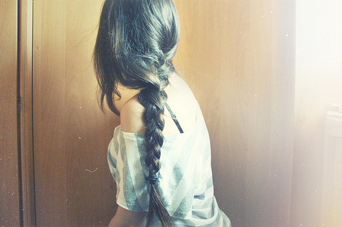 картинки со спины девушек с длинными волосами